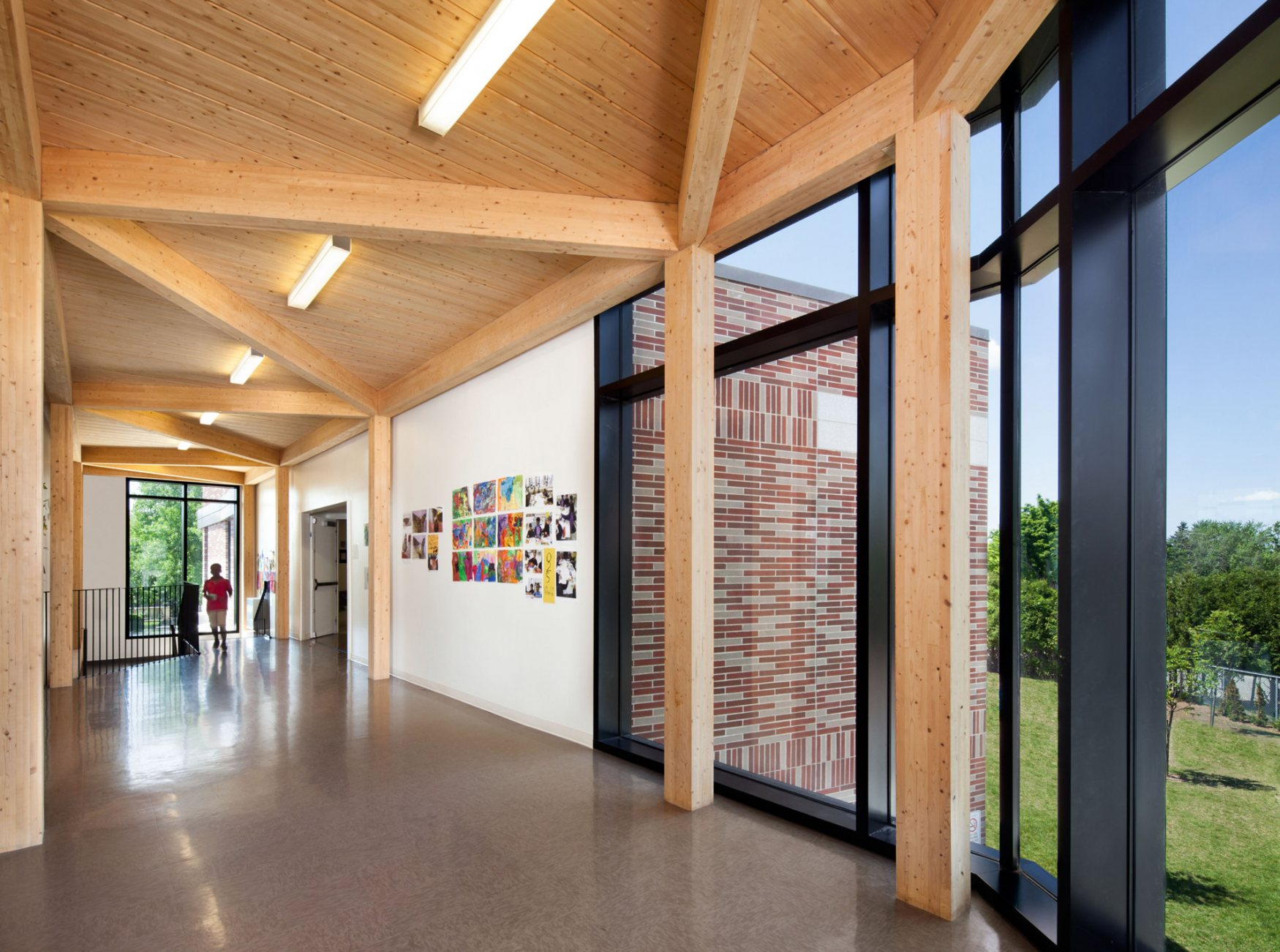 Adélard-Desrosiers elementary school