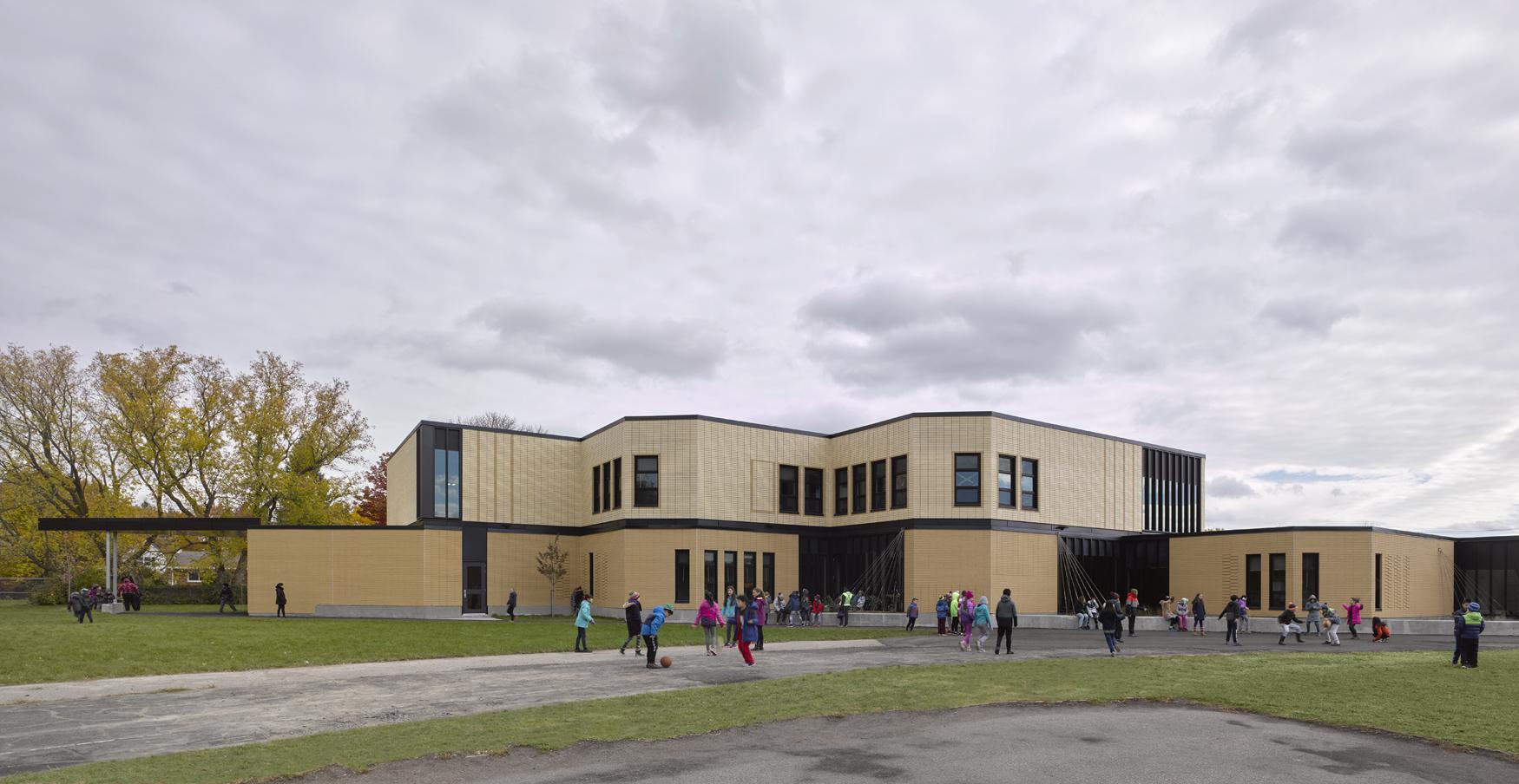 École Pointe-Claire